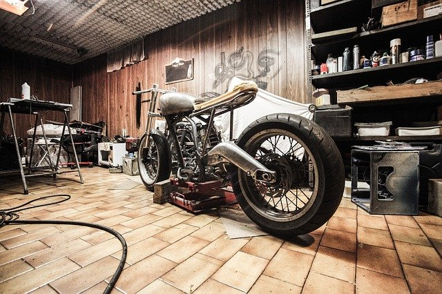 A bike shop is an important step when you want to prepare your motorcycle for relocation.