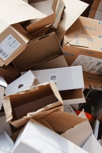 Packing your household like a pro by using boxes