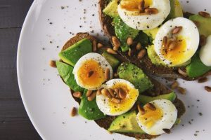 Avocado sandwiches - a great way to keep your moving day diet healthy