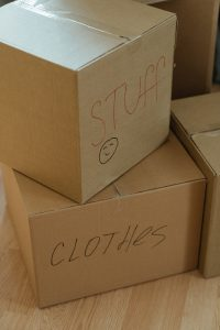 moving boxes - ensure the safety of your items when packing